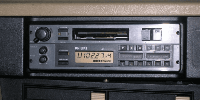 Old Skool FM and AM to continue for another decade at least in the UK