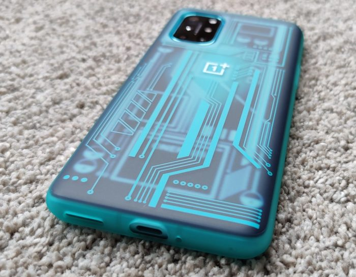 OnePlus 8T   The cases