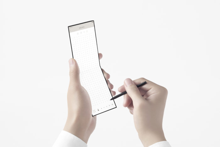 OPPO show off a new slider phone
