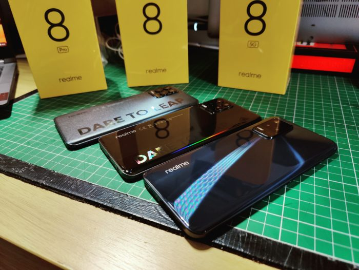 We have the Realme 8 family lets unbox them